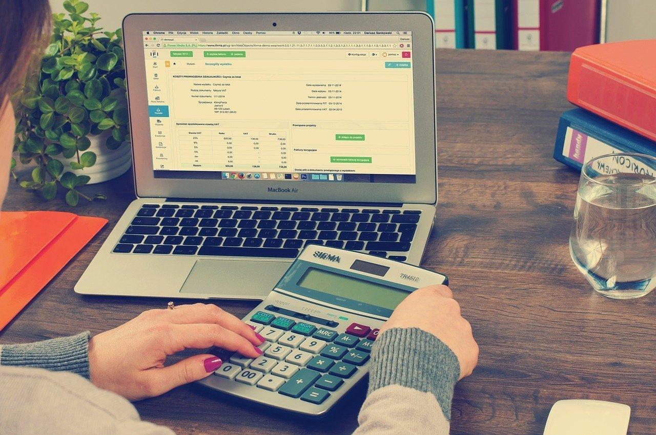 Organizze ou Minhas Economias: qual o melhor para controle financeiro
